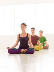 choose-the-best-yoga-practice-raintree-medical-and-chiropractic-center