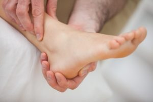 chiropractor-help-foot-pain-misalignments-raintree-medical-and-chiropractic-center